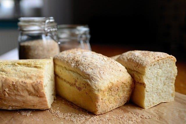 ¿Cómo se prepara el pan casero?